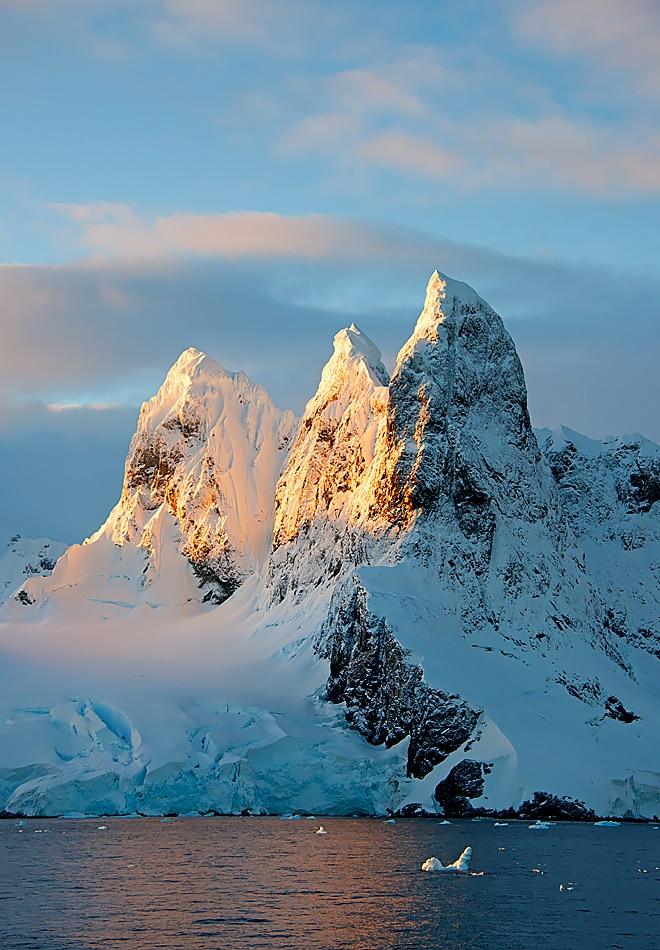 Lemaire Channel, Antarctica - Image #166-613