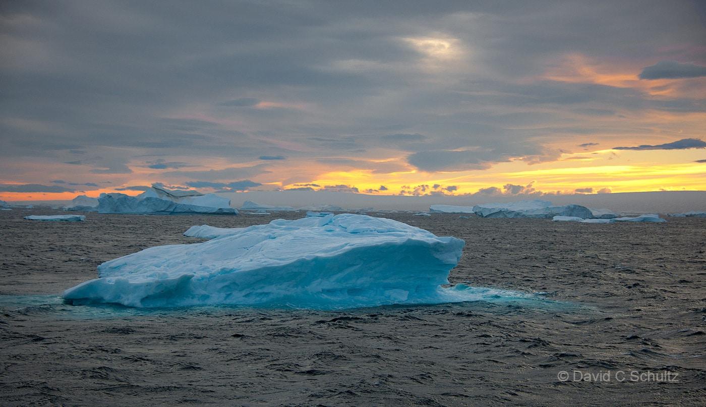 Iceberg in Antarctica - Image #167-989