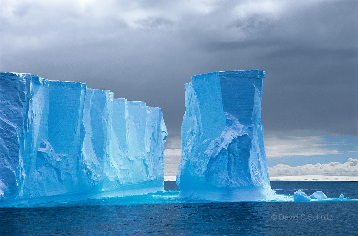 Tabular iceberg in Antarctica - Image #167-42